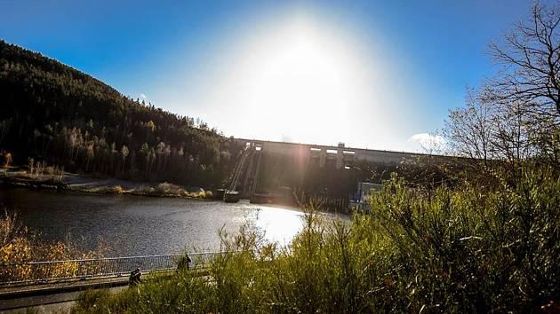 Největší vodní plocha na Příbramsku poodhalí svá tajemství.