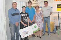 Jan Kleindienst a Jan Petřek na soutěži zručnosti instalatérů v Praze byli nejlepší z celé republiky.