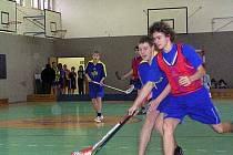 Dobříšští žáci uspořádali florbalový turnaj.