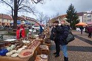 Farmářské trhy v sobotu 16. prosince pestrou nabídkou zboží nezklamaly.