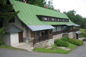 Městská rekreační chata Granit na Šumavě.