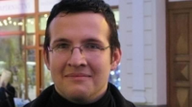 Václav Zoubek (20), mechanik, Příbram  Nejhorší je pro mě vymýšlení, co by se komu líbilo. Už jsem lehčí o čtyři tisíce a to mi tři dárky ještě schází.