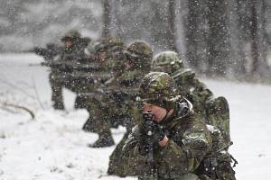 Zimní výcvik jineckých dělostřelců s názvem Očistec.
