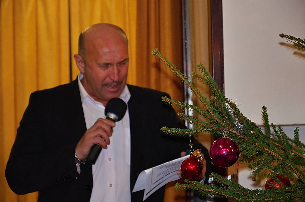 Zpívání koled s Deníkem.