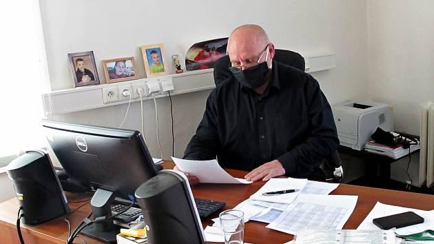 Ředitel Oblastní nemocnice v Příbrami Stanislav Holobrada.