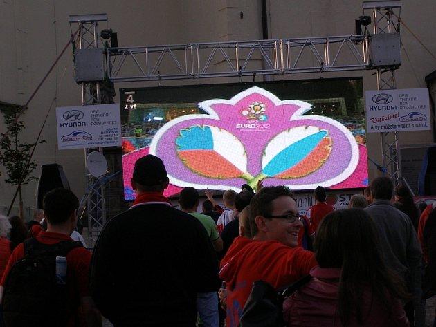 Sledování EURO 2012 na příbramském náměstí.