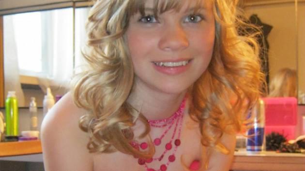 Gabriella Jiráčková z Chlumu u Sedlčan je nadějnou zpěvačkou.