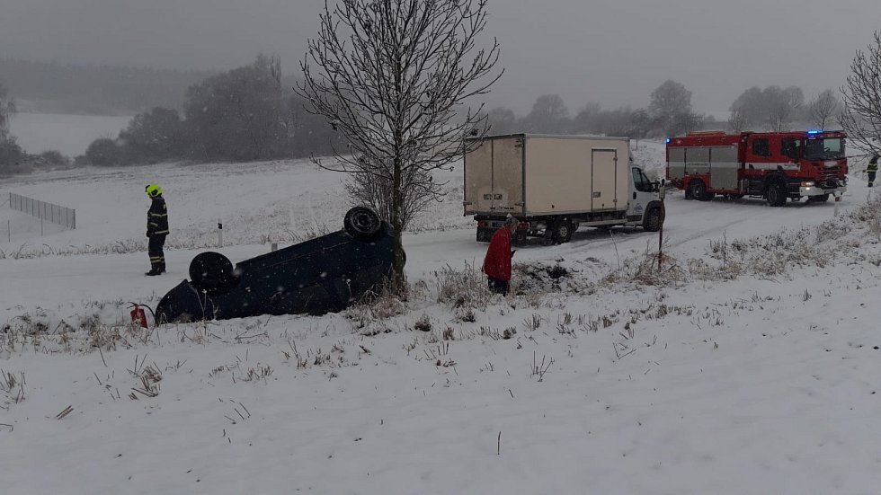 Nehody na sněhu.