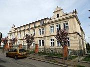 Budova učiliště v Sedlčanech .