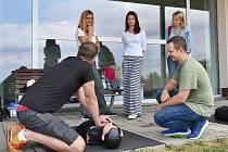 Výuka probíhala pomocí teoretické přípravy, hlavní důraz byl ale kladen na nacvičování praxe