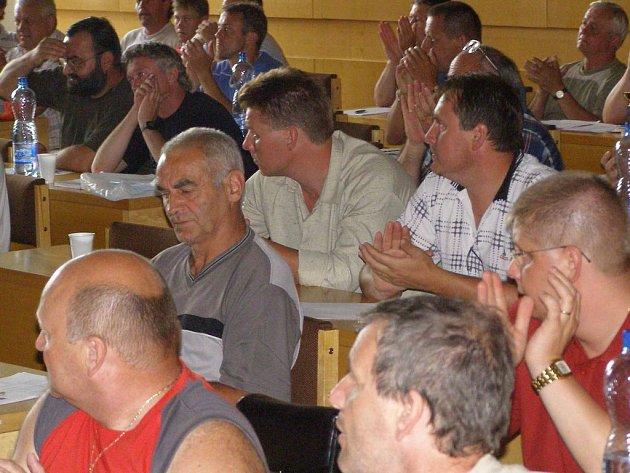 Zástupci okresních oddílů se setkávají jednou ročně na aktivu