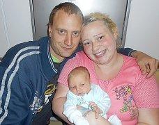 Od úterý 3. května mají maminka Zuzana a tatínek Aleš z Příbrami radost ze svého prvorozeného syna Romana Černého, který v ten den vážil 3,17 kg a měřil 50 cm.