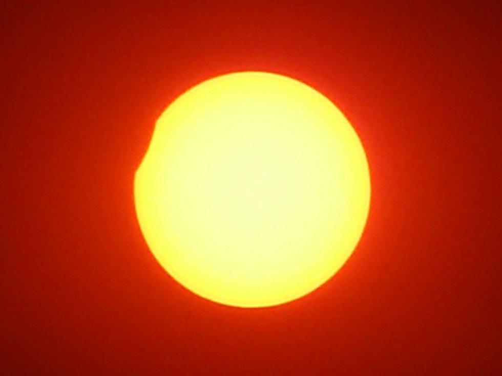 Zatmění slunce ve 12.25 hodin