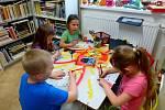 Jinecká lidová knihovna není jen o půjčování knížek, pořádají se v ní také akce pro děti a dospělé.
