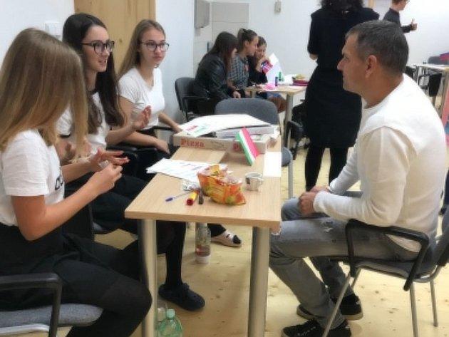 Evropský den jazyků na základní škole vObecnici.