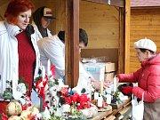 Na návštěvníky trhů čekalo celkem sto porcí gulášové polévky.