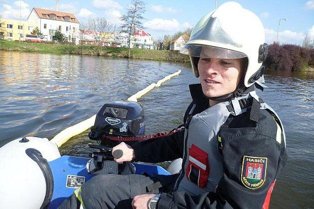 cvičení hasičů a kondiční jízdy