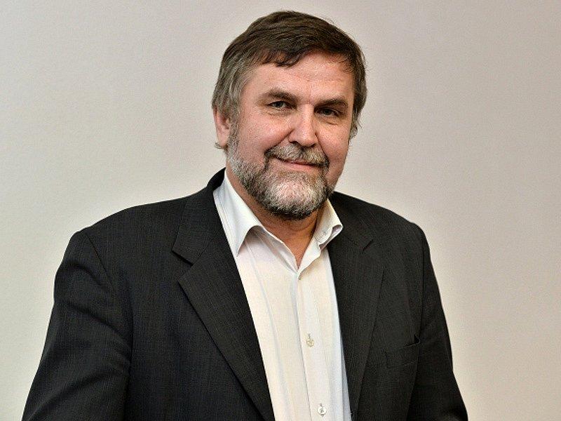 Středočeskou KDU-ČSL vedl do krajských voleb bývalý příbramský starosta a někdejší hejtmanův náměstek Josef Vacek.