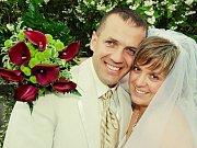 Hana Novotná a Petr Marek si řekli své ano v sobotu 10. července. Svatební obřad se konal v 11 hodin na zámku Kozel.
