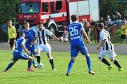 Stadion V Lipkách v Dobříši zažil ve středu v podvečer fotbalový svátek. K utkání 2. kola českého poháru MOL Cup sem přijel prvoligový tým Slovan Liberec.