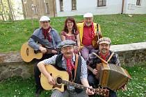 Cirkus Hulata je soubor, který je známý především kvůli staropražským a lidovým písním.