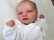 IZABELA NĚMCOVÁ se narodila v sobotu 3. června, kdy vážila 1,98 kg a měřila 44 cm.  Rodiče Pavla a David si miminko odvezou k malému Nicolasovi domů do Nového Knína.