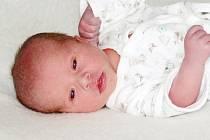 Marek Navrátil se narodil 10. října 2021 v Příbrami. Vážil 3090 g a měřil 48 cm. Doma v Nové Vsi pod Pleší ho přivítali maminka Blanka, tatínek Karol a sourozenci - sedmiletý Karel se čtyřletým Radkem.
