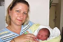 Ve středu 7. října se rozrostla rodina maminky Gabriely, tatínka Vlasty a tříletého Vlastíka z Milína o druhého synka Vítka Dudáčka, který má z toho dne u jména zapsánu váhu 3,30 kg a míru 50 cm.