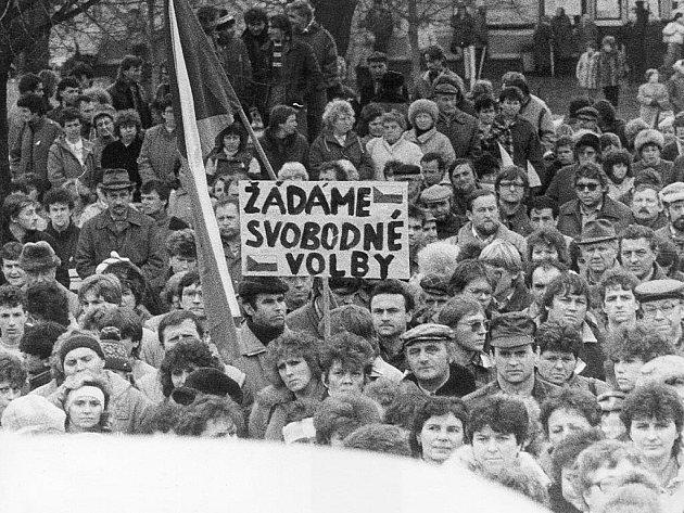 Generální stávka 27. listopadu 1989 v Sedlčanech.