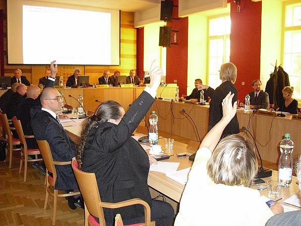 Zasedání zastupitelstva v Příbrami.