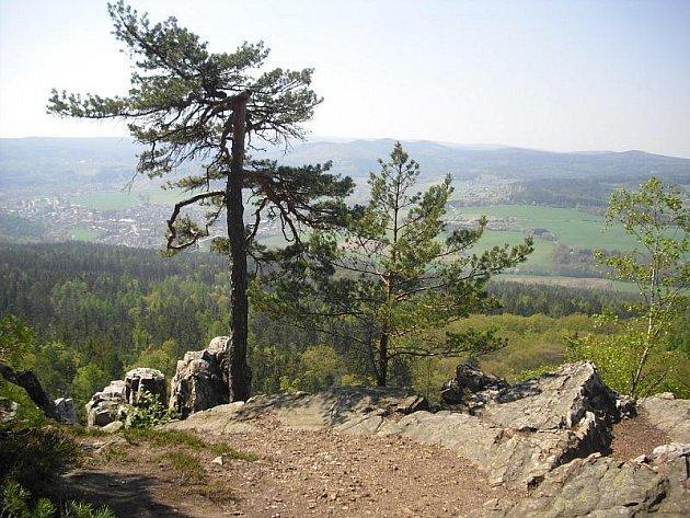 Pohled z Plešivce.