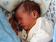 Matyáš Krása se narodil s váhou 4,9 kg Renatě a Vaškovi z Pičína a doma na brášku čeká Vašík (3).