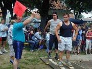 Hasiči jsou také v Prosenické Lhotě největšími organizátory společenských a sportovních akcí. Lhotecký pětiboj patří k tradičnímu zpestření léta.