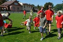 Hry se švihadlem byla zábava pro děti i dospělé.
