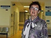 Kadeřábkův den 2017 v příbramské nemocnici. Se svými příspěvky vystoupilo mnoho odborníků z renomovaných pracovišť. Na snímku je předsedající lékařka Jarmila Drábková, čerstvá držitelka Čestné medaile Františka Kadeřábka.