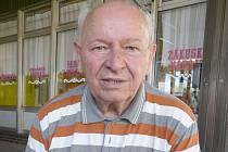 Legendární táborový vedoucí z Častoboře Jarda Mucha.