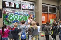 Cílem akce je podpořit kulturní život dětí a mladých lidí, kteří vesměs tráví svůj volný čas pasivně, chybí jim pravidelná zájmová činnost a možnosti realizace.