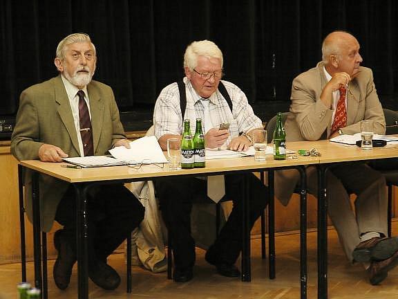 Mimořádné zasedání rožmitálských zastupitelů.