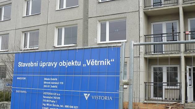 Z rekonstrukce ubytovny na Větrníku v Dobříši.