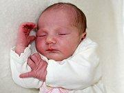 NATÁLIE HRMOVÁ se narodila v neděli 17. září o váze 2,99 kg Monice a Martinovi z Příbrami. Radost z přírůstku má i sestra Simonka.
