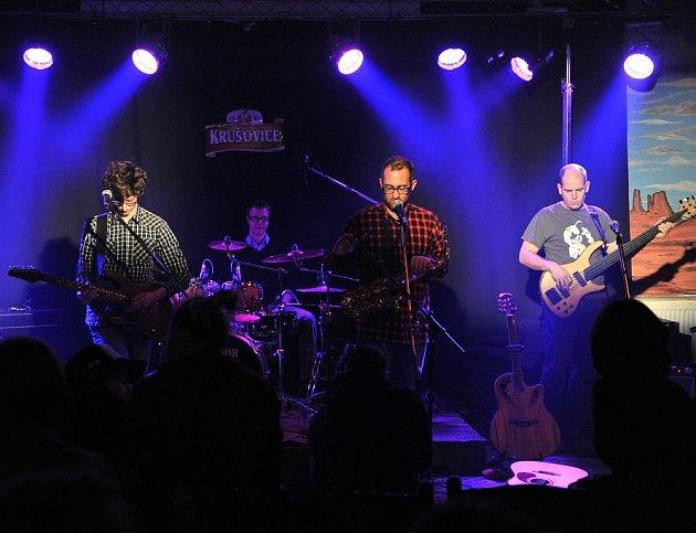 Kapela Origami zahrála v prvním kole Příbramské rockové ligy 2012.