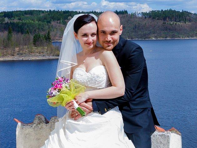 """Kateřina Burianová a Jan Minařík si řekli své """"ano"""" v sobotu 21.dubna v poledne na Zámku Orlík."""