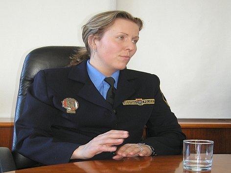 Velitelka Městské policie v Příbrami Jaroslava Vodičková představila na tiskové konferenci v Příbrami projekt radnice. Ředitel okresního ředitelství policie Jiří Drábek se konference nezúčastnil.