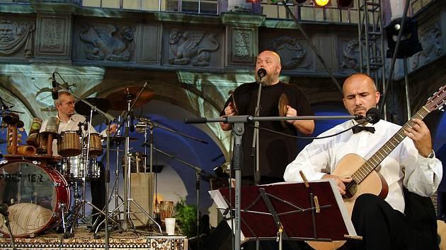 Na festivalu vystoupí kapela Jablkoň i Slávek Klecandr s Oborohem