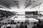 U příbramského bazénu se za socialismu konaly i koncerty.
