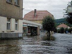Příbramsko – Solenice a Kamýk byly před 15 roky nejpostiženější obcí regionu při katastrofální povodni 2002. Když se povodňová vlna hnala Vltavskou kaskádou, zatopila Solenice pod hrází Vodního díla Orlík a pod vodou se vzápětí ocitá i Kamýk nad Vltavou.