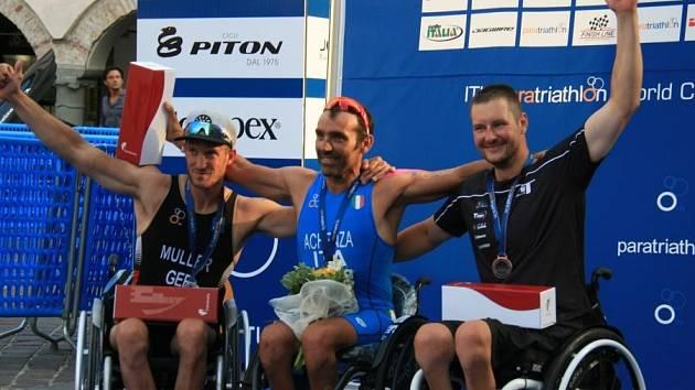 Jan Tománek obsadil na světovém poháru v Itálii třetí místo.