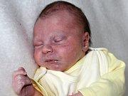 JIŘÍK BYSTŘICKÝ se narodil v úterý 12. září o váze 2,80 kg a míře 47 cm rodičům Daniele a Milošovi z Příbrami.