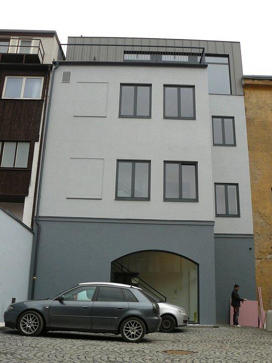 Zrekonstruovaná část historického domu U Podařilů na náměstí T. G. Masaryka v Příbrami.