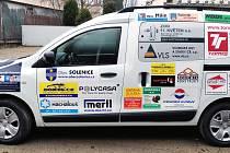 Dětský domov v Solenicích získal nový sociální automobil.